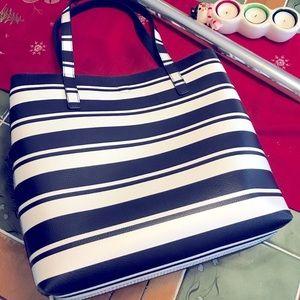 NWT Summer Tote Bag (Pebbled Texture)